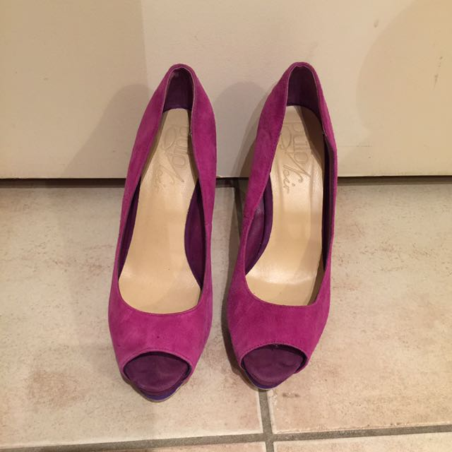 Two tone purple heels