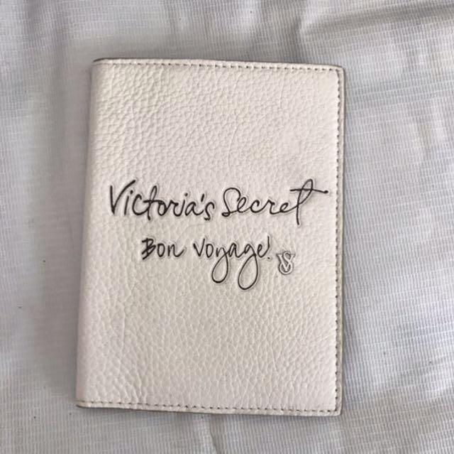 Victoria's Secret Case Pasport Ori