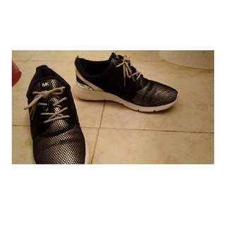Michael Kors 7.5 Woman's Shoes