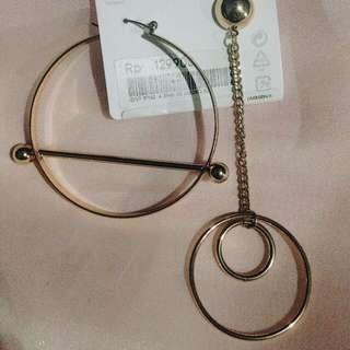 Riri Earrings