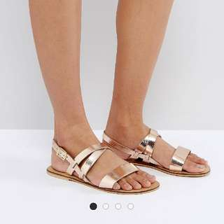 🚚 Brand New ASOS Flat Leather Sandals (Gold) Size UK2, Size 35
