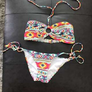 Cute bandeau abstract bikini 👙 size Small