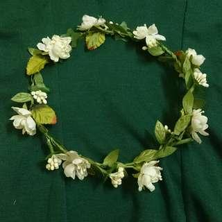 Lovisa Floral Crown