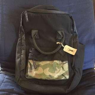 Typo backpack black 背包