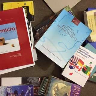 Political and economics Textbooks - uOttawa