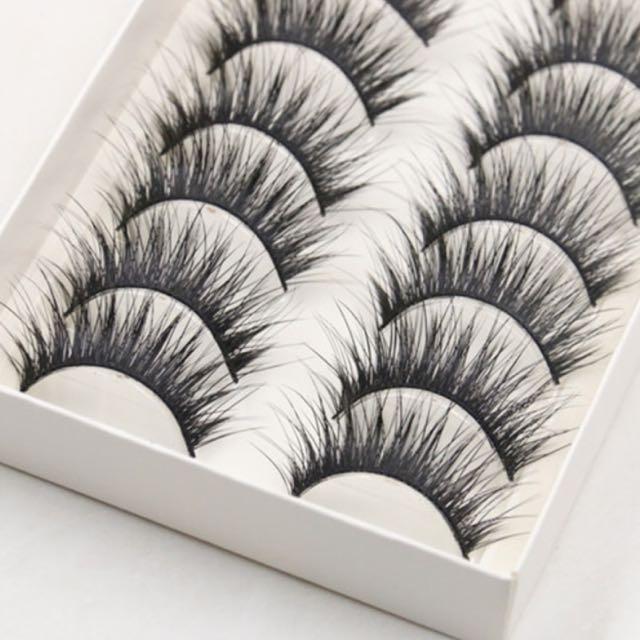 10 Pack Wispy EyeLashes