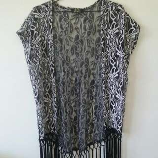 Black And White Lace Kimono (Size Small)