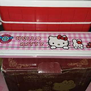 kt小食盒+餐具