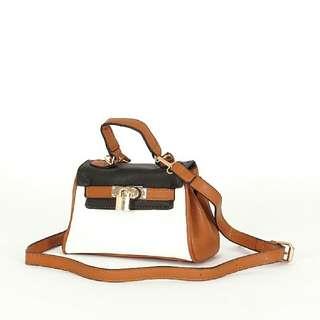 D1018 Mini Hand Bag    Tas Import    Tas Fashion    Tas Batam    destyannis    Dazzling Tabby
