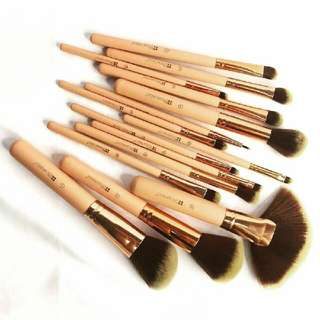 COSMETIC BRUSH 15PCS