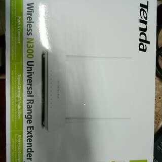 Tenda Wireless N300 Universal Range Extender
