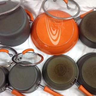 Rachel Ray cookware set