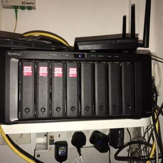 Synology DS1813+ (8 bays)