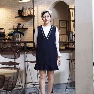 Navy pinafore set