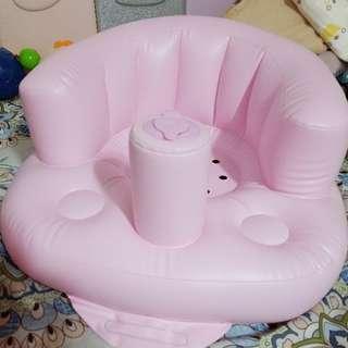 嬰兒吹氣坐椅