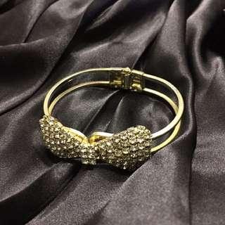 蝴蝶結鑽飾手環