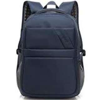 """15"""" 藍色電腦背囊, 有USB2.0插座 , 15"""" laptop backpack with USB cable and plug"""