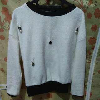 Atasan Sweater