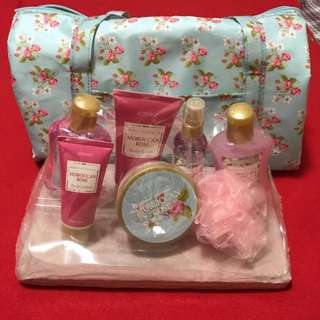 Aromanice Bath Set