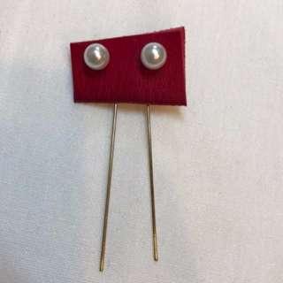簡約珍珠設計款耳環