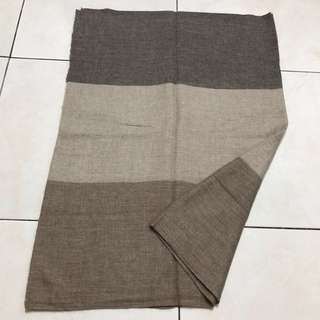 (BRAND NEW) Kashmir unisex 💯cashmere handmade shawl (Authentic)