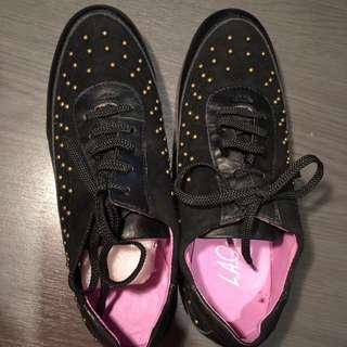 Women Black Leather Shoes Vintage