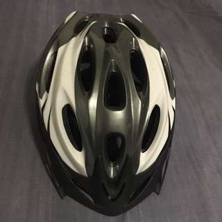 Bicycle/scooter helmet size M