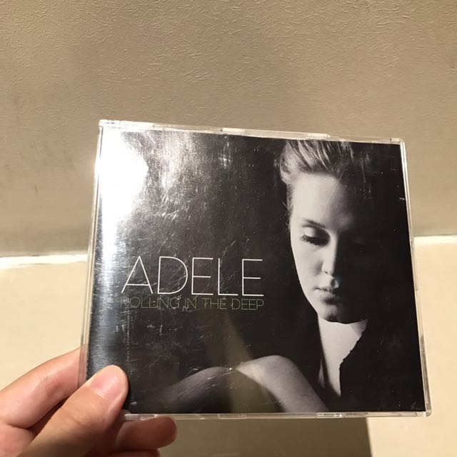 Adele rolling in the deep兩首微專輯