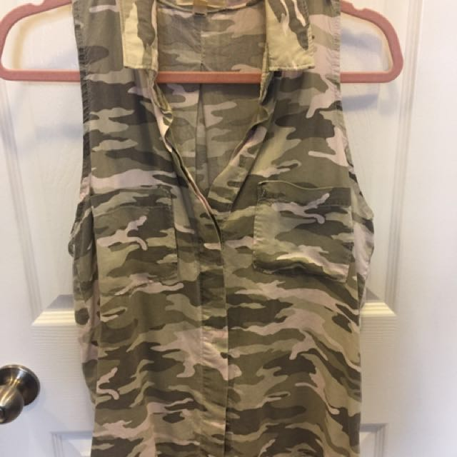 Anthropologie camo top