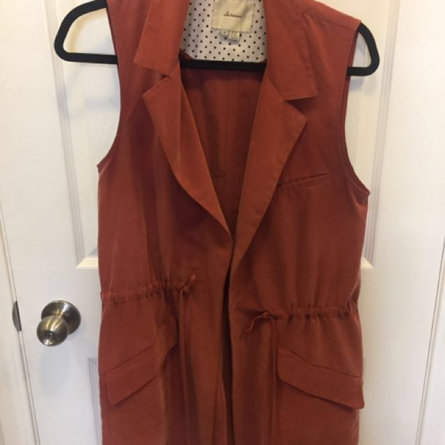 Anthropologie sleeveless jacket - russet