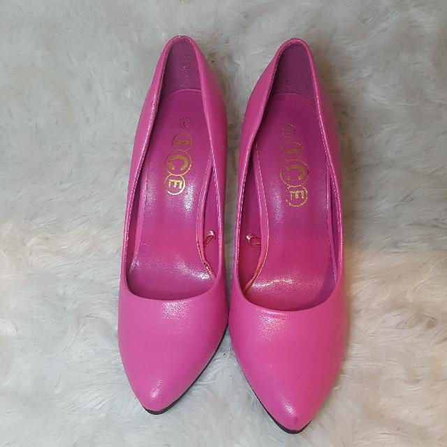 Barbie Pink Pointed Heels