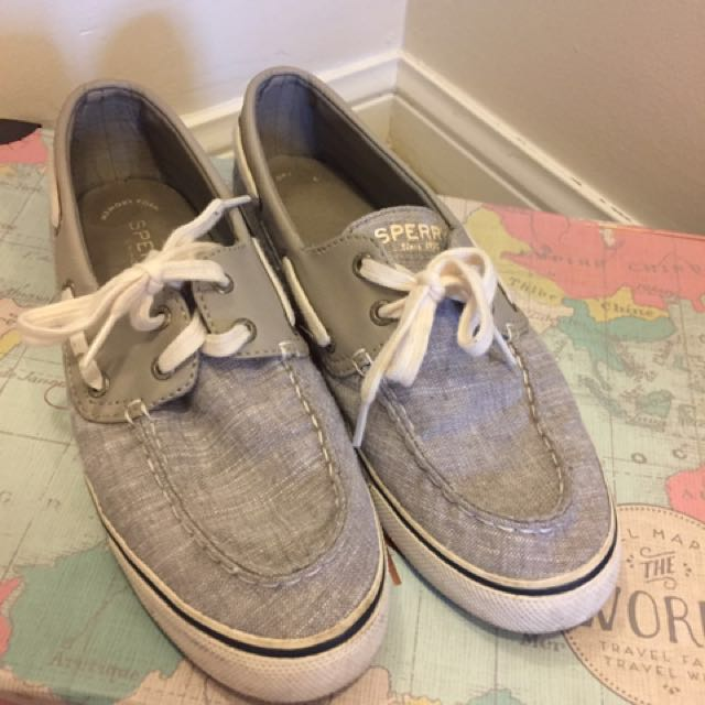Canvas Sperry's size 8