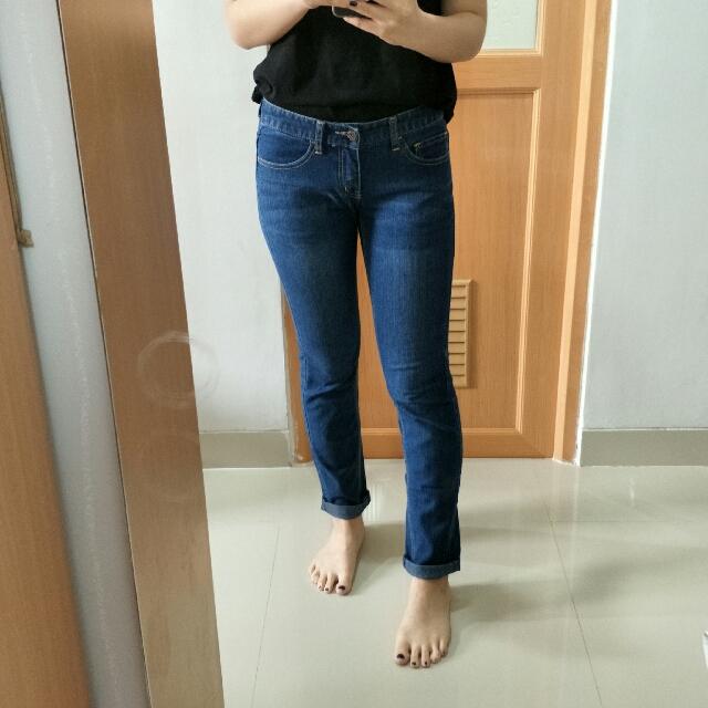 Dark Blue Jeans Giordano