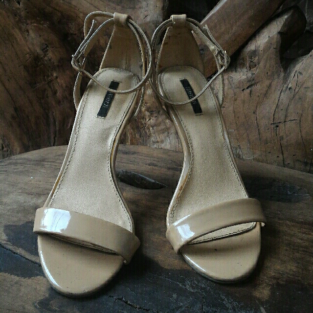 62dee2f0862 Forever21 Nude Strappy Heels Sandals