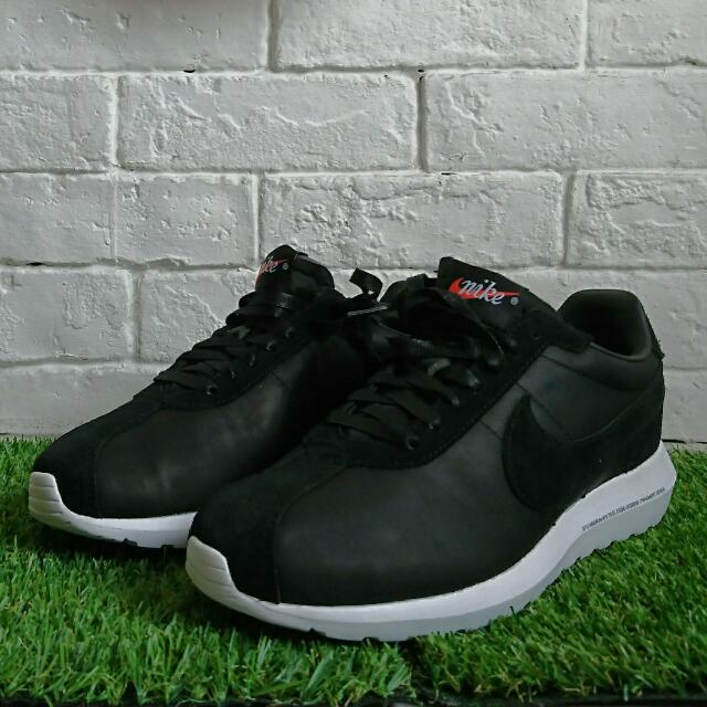 new arrival d5fb1 b2ac2 Fragment Design x Nike Roshe LD 1000 In Leather Black Limited ...