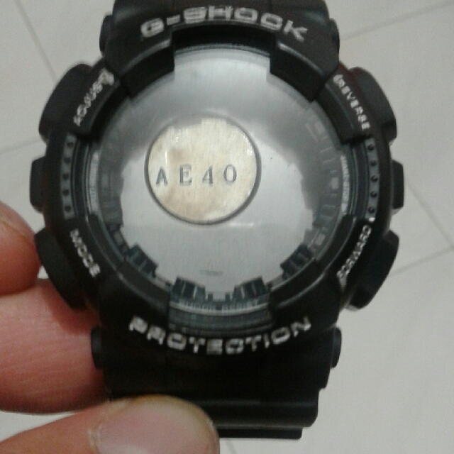 Quick sale g shock used case and back come with g shock