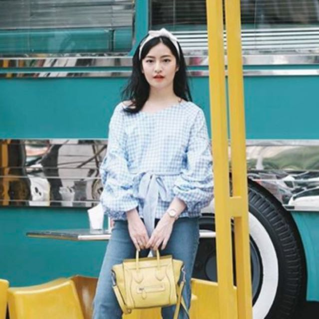 Gingham blue top