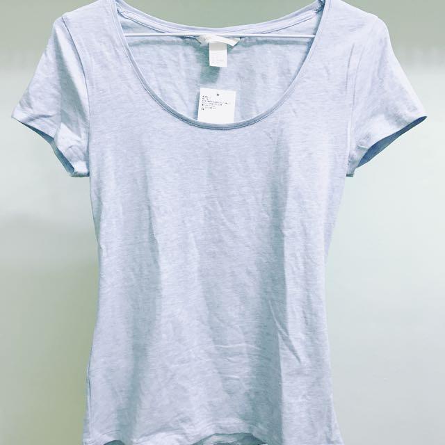 H&M淺藍素色T恤