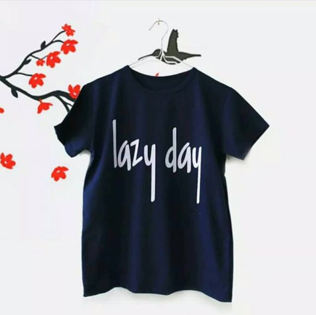 Lazy day navy blue T-shirt