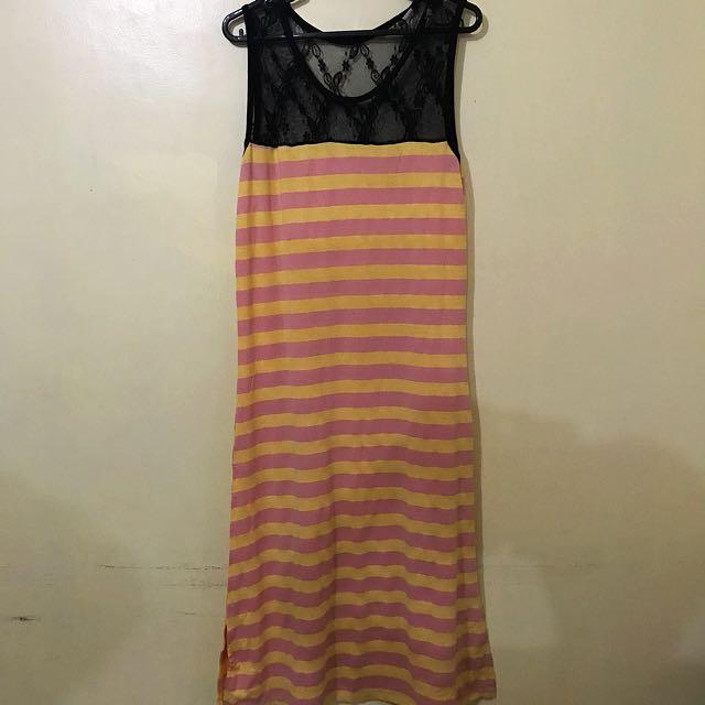 Long maxi sleeveless dress