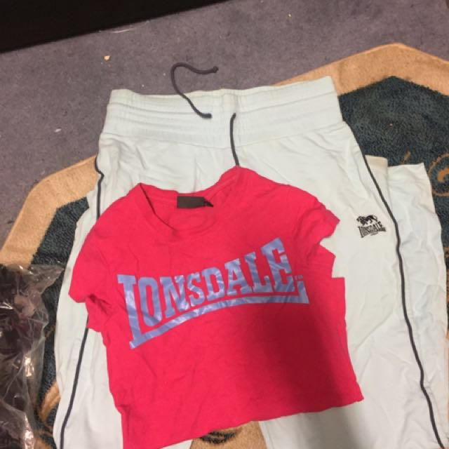 Lonsdale Top With Trackies