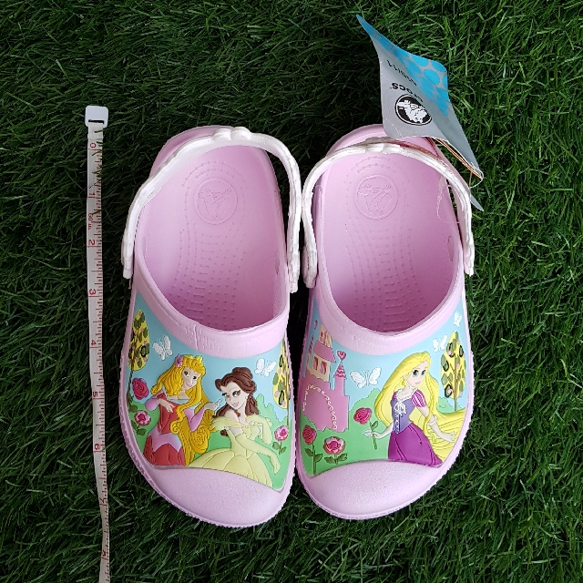 NEW Authentic CROCS Girl 4yo