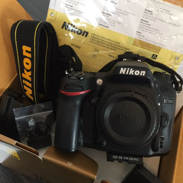 Nikon D7100 with all lens and extra $2,500 retail