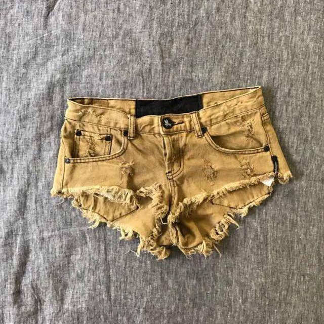 45dd28c3ce One Teaspoon Denim Shorts - Size 24, Women's Fashion, Clothes on ...
