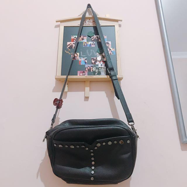Pull And Bear Sling Bag Original