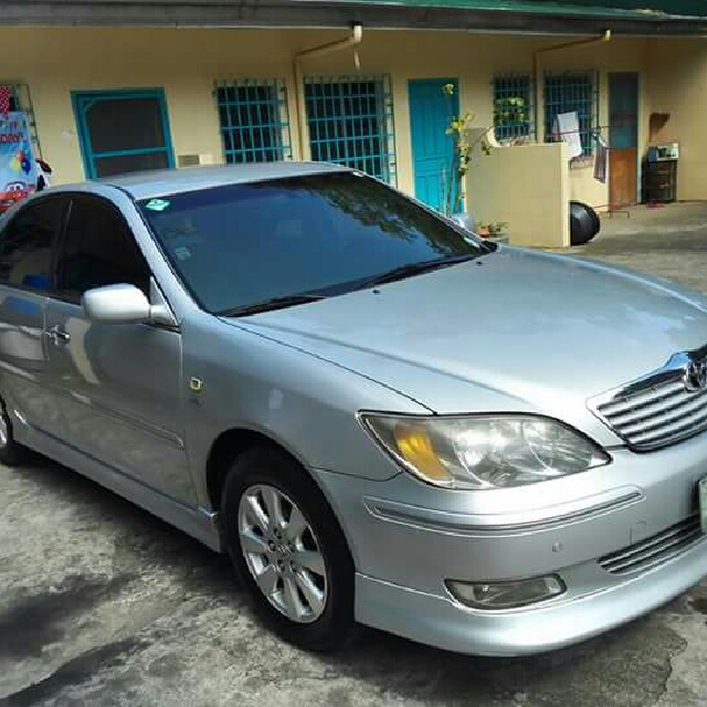 Toyota Camry 2.4 V  2003 MODEL (top of the line)