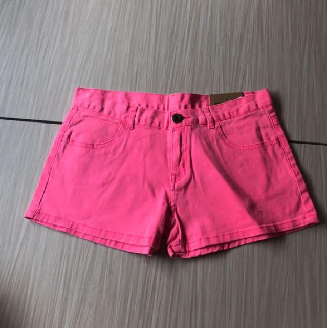 🎉正韓貨-WOW粉紅牛仔短褲(M)