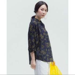 🚚 台灣好品牌 許許兒 遍地朵朵印花寬袖襯衫 藍黃花