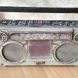 Old Design Metal Radio