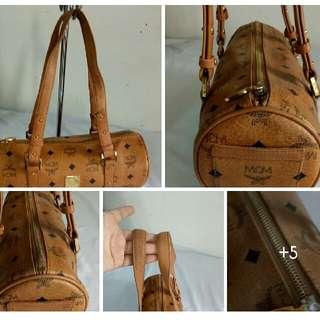 Preloved MCM Hand bag